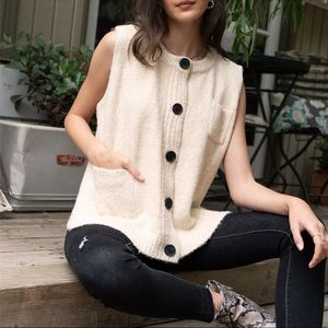 ✨LAST Sleeveless Button Down Pullover Sweater Vest